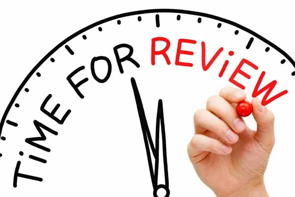 Using Performance Reviews to Help Your Employees Succeed