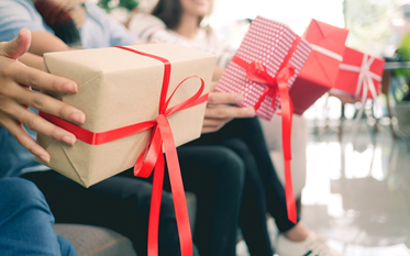 5 Local Gift Exchange Ideas Under $20